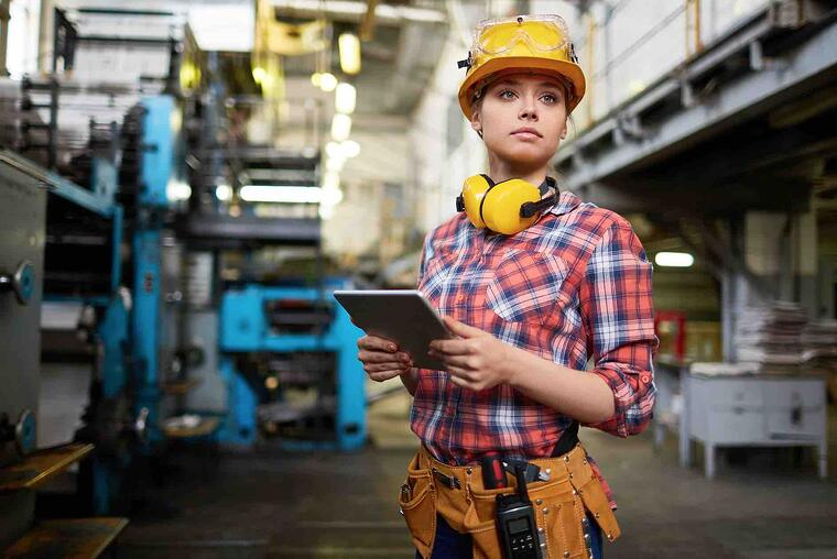 young_factory_worker_tablet