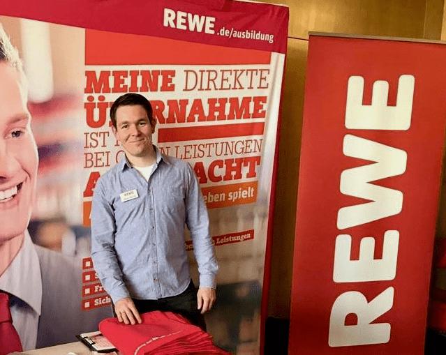 Nachwuchs im Retail: Warum Rewe die Quiply Employee App einführt hat