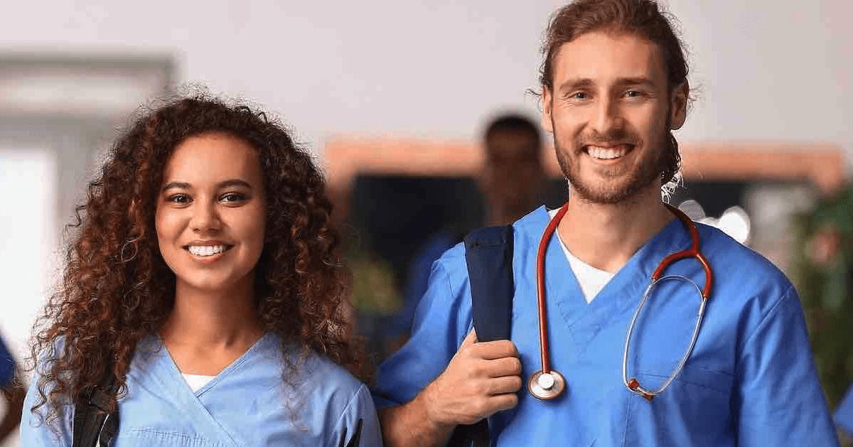 Neues E-Book: Mitarbeiter-Apps in Pflege & Gesundheit